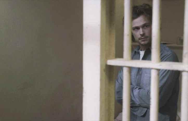 CRIMINAL-MINDS-Season-12-Episode-18-Photos-Hells-Kitchen-02